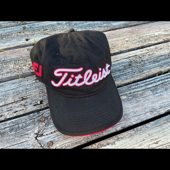 Titleist Pro V1 Hat